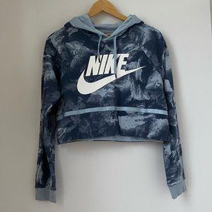 Women's Nike cropped hooded sweatshirt L